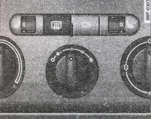 выключатель отопителя заднего стекла Audi А3, выключатель отопителя заднего стекла Audi S3