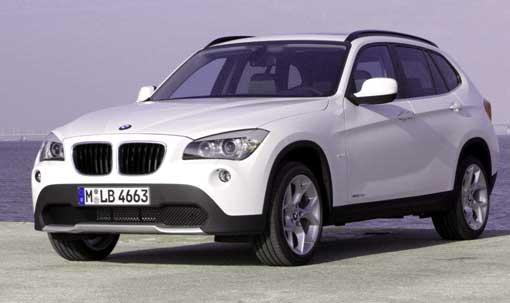 автомобиль BMW X1