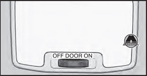 Клавиша включения освещения салона Chevrolet Trailblazer