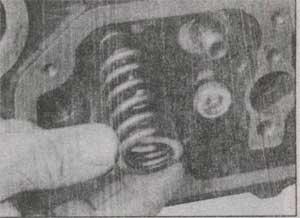клапанная пружина Ford Transit.