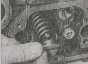 опора пружины клапана Ford Transit.