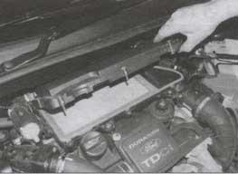 пластмассовая крышка Ford Fiesta, пластмассовая крышка Ford Fusion