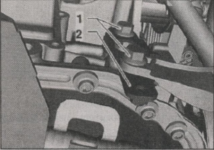 кронштейн трубки системы охлаждения Volkswagen Golf Plus
