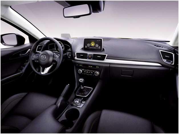 салон Mazda 3 NEW, панель приборов Mazda 3 NEW