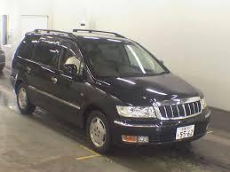 Автомобиль Mitsubishi Chariot Grandis, автомобиль Мицубиси Чариот Грандис