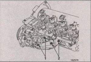 двигатель со смещённым водяным насосом Mitsubishi Carisma