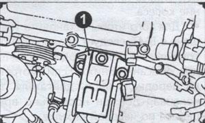 передняя опора двигателя Nissan Primera