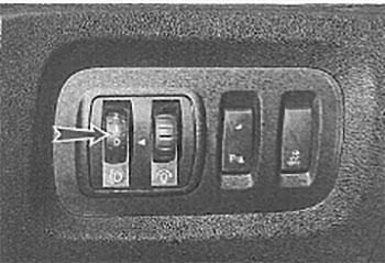 Электрокорректор фар Renault Kaptur