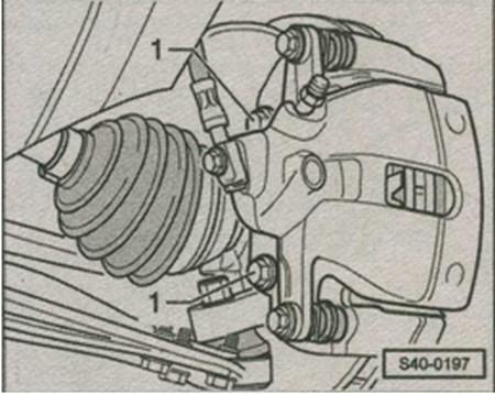 снятие ступицы колеса в Skoda Fabia с зажимной скобой тормоза C54-II