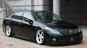 Автомобиль Toyota Crown Majesta, автомобиль Тойота Краун Маджеста