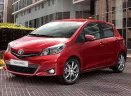 Автомобиль Toyota Yaris, автомобиль Тойота Ярис