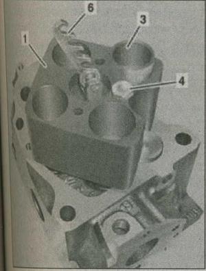 головка цилиндра Mercedes Actros, втулка Mercedes Actros