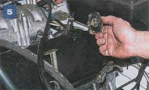 Лада (Ваз) 21213 Нива / 21214i Нива (Lada 4х4 (VAZ) 21213 / 21214i). Руководство по ремонту в цветных фотографиях. Модели с 1994
